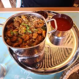 Tnatesh Kuwaiti Restaurant – Dubai Marina